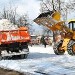 vyvoz-snega-s-utilizaciej